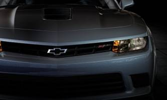 "chevrolet showcases 2014 camaro z/28 ""flowtie"" badge [video]"