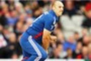 tredwell selected for decisive england v